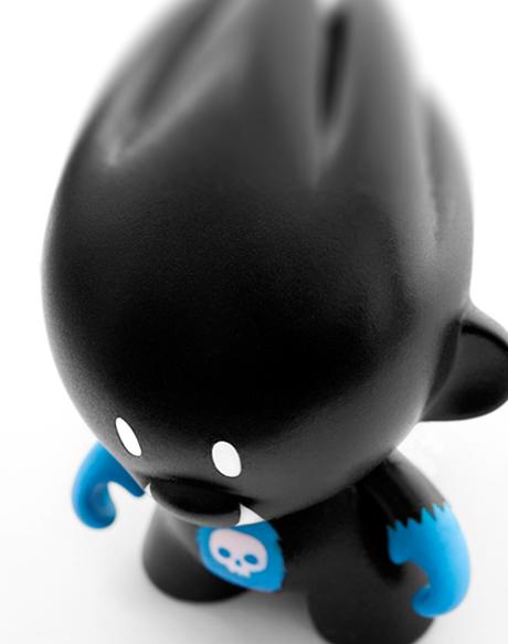 Custom Toy Onyx oben
